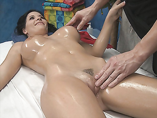 Amazing oiled body with beautiful tits